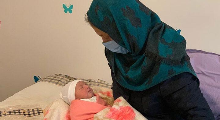 نوزاد یکروزه خانه عماد